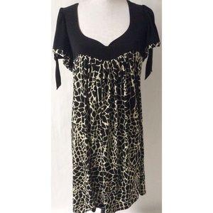 Dresses & Skirts - Black & White Dress Size 18W